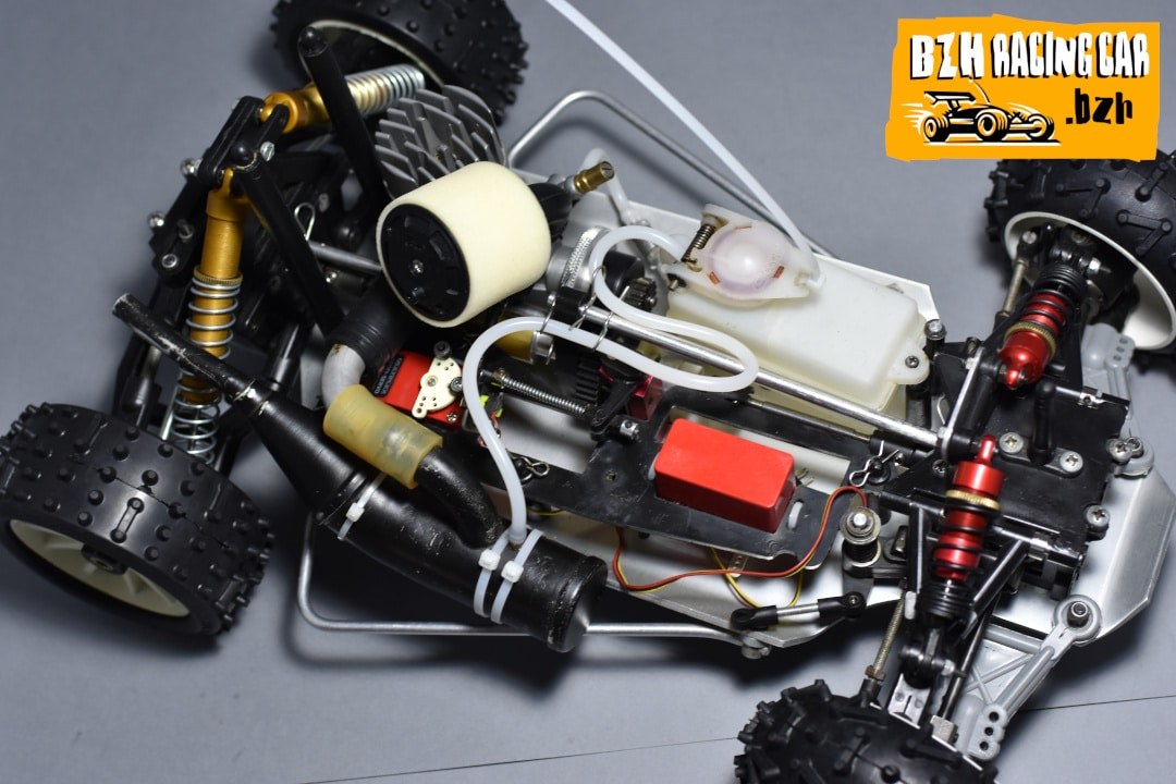 Ma p'tite 1/8 (presque) made in France ?! Vue-chassis-yankee-europa-racing